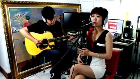 吉他弹唱 邓丽君《漫步人生路》