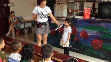 可爱女孩现场表演神奇心算绝技