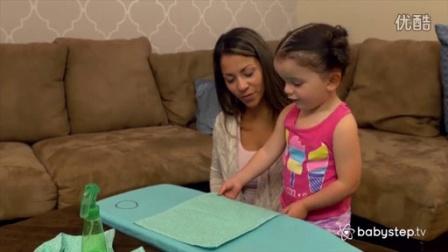 BABYSTEP 三岁的孩子学熨烫?
