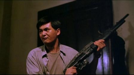 《英雄本色2》  周润发大开戒 霰弹枪加双枪突围