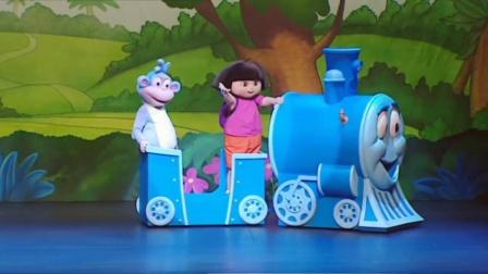爱探险的朵拉全集《爱探险的朵拉之玩具迷城》暑期来袭