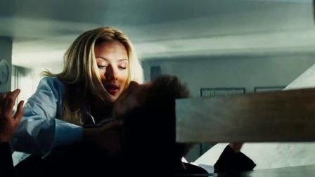 浪漫接吻 斯嘉丽约翰逊精彩云雨