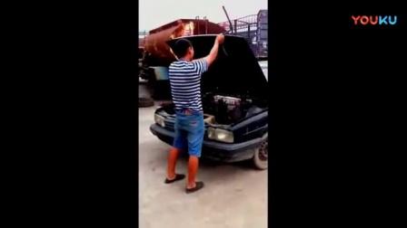农民花500块钱收了个报废桑塔纳, 安上了拖拉机的发动机,