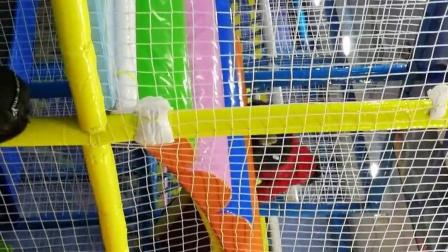 滑滑梯 海洋球 儿童游乐场(宝宝1岁10个月啦)