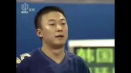 国乒大战韩国人 刘国梁加油声太大被罚下场 转身又继续呐喊