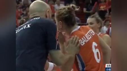 解说员已经在宣布女排输球了, 而接下来朱婷的表现让他哑口无言!
