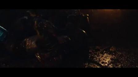新铁血战士 外星兽面人反目成仇 回程飞船被炸