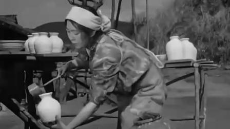 《雨月物语》  窑匠和妻子辛勤烧瓷忽遇战乱