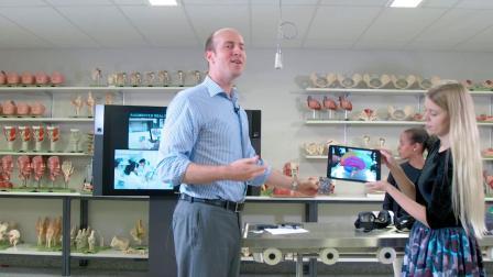 邦德大学NOW TALK-运用VR,3D等高等科技提高课堂互动