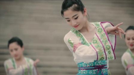 舞林一分钟-单色舞蹈武汉菱角湖馆周梦雪中国舞教练班《菊花台》