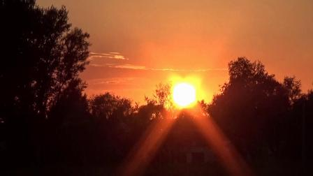 居沙井看夕阳