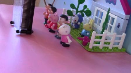 哆啦A梦的家一样粘糊糊的切水果草莓胡萝卜蛋糕学习颜色泥 (8)