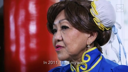 70-year-old's cosplayer