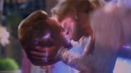 《复制娇妻》  妮可基德曼怒挥棍 打断沃肯头颅