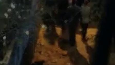 垃圾男孩 鲁妮玛拉被带走 放火烧垃圾场 CUT 6 竖版