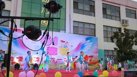 鸿儒幼儿园六一节目幼儿舞蹈筷子舞