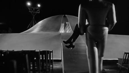 地球停转之日 外星人抱走女子回到飞船 CUT 5