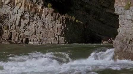狂野之河 匪徒坐船头 三人划船穿越交叉口 CUT 6