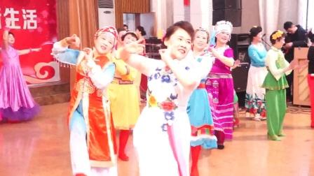 舞蹈《爱我中华》