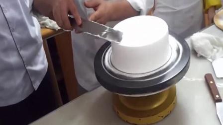 烘焙 如何用烤箱做蛋糕 生日蛋糕简笔画