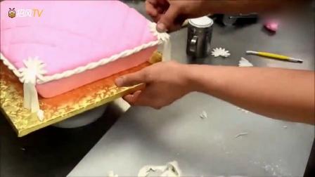牛人制作一个相当有创意的蛋糕,我也好想试试,好好玩!
