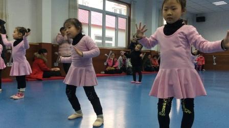 小萝莉之舞蹈展示课6