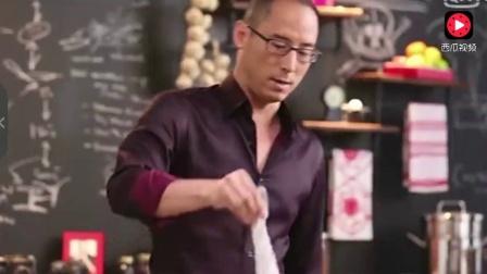 地狱厨神刘一帆比拼做豆瓣鱼, 一出手就赢在起跑线, 真服了!