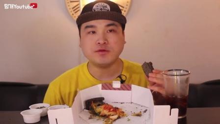 [Ddongkae吃播][Real Sound]大胃王-鱿鱼黑饼披萨