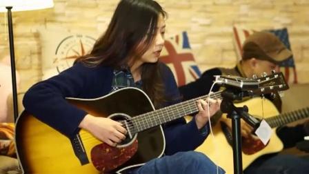 女生吉他弹唱《斑马斑马》超好听, 喜欢