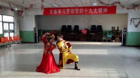 阿克苏阿依仙木老师和学生天山雪竹麦西来甫双人舞