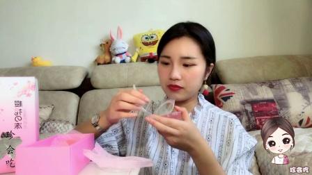 """试吃高颜值""""樱花果冻"""", 牛奶般丝滑, 里面的樱花真的可以吃么?"""