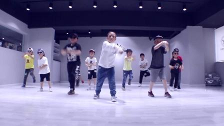 重庆渝北龙酷少儿街舞培训导师聪花基础B班-忍者
