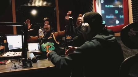 春包做客电台即兴Beatbox solo,直接吓到对面黑人主持一脸怀疑人生