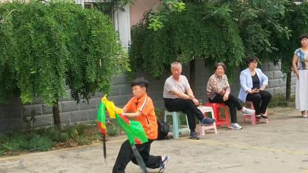 杨佳和双刀训练