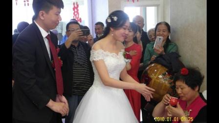 老师同学恭喜梁羽新婚之喜