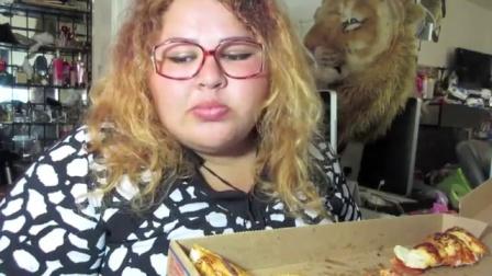 【英文吃播】南美温迪吃意大利辣香肠比萨饼