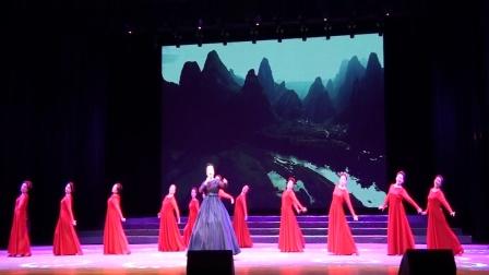 歌伴舞《中国梦》表演单位:双鸭山市老干部局春之声艺术团