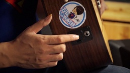 黑科技:吉他不插音箱居然有效果的装置