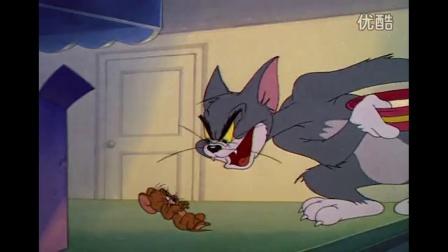 6猫和老鼠:杰瑞制作牛奶,汤姆喝完牛奶,却变得比杰瑞还小