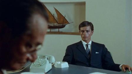 《怒海沉尸》汤姆假扮菲利普 卖掉船只拿回钱财