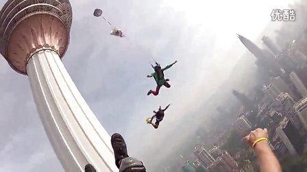 惊险刺激的低空跳伞,绝对挑战肾上腺!