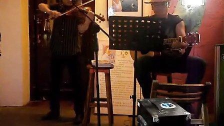 月亮代表我的心 二重奏 小提琴 张扬 吉他 TONY CHENG