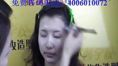 最流行的时尚妆|找化妆学校|化妆培训班|武汉专业彩妆学校