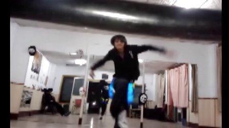 USC-Peng  舞社关门自己偷着练