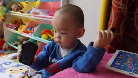 小男孩宝宝最爱模型车