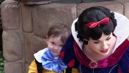 【冯导】自闭症2岁小男孩爱上了白雪公主,在沃尔特迪斯尼世界
