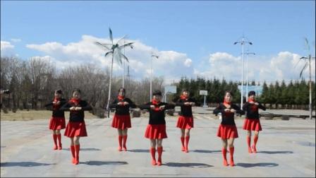 伊春市友好区白云广场舞——单人水兵舞《长发飘香》