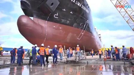 刚建造好的万吨巨轮, 是如何下水的 你能想象的到吗!