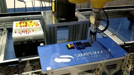 Asycube 240与Fanuc SCARA机器人_双色电子元件的混合送料
