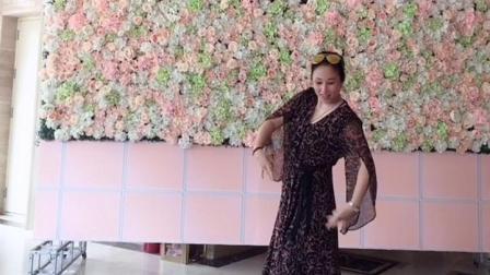 小女子不才 抖音最火舞蹈。松原田晶老师舞蹈视频